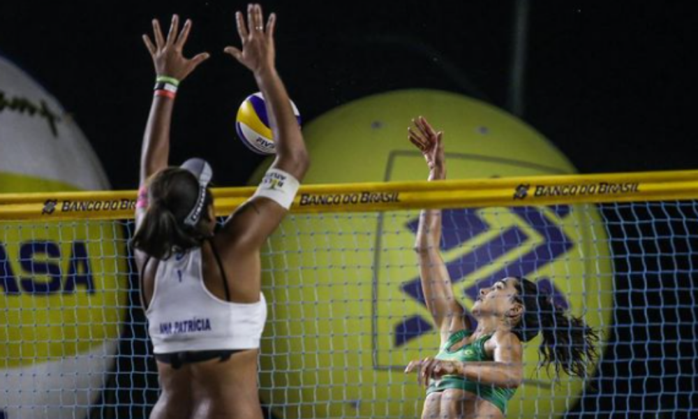 Ana Patricia/Rebecca enfrentam Bárbara Seixas/Carol Solberg na final da última etapa do Circuito Brasileiro