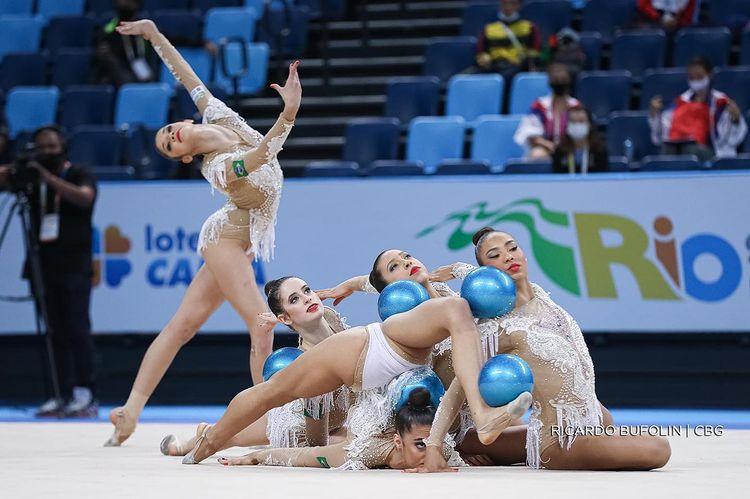 ginástica rítmica  Duda Arakaki  Tóquio conjunto Jogos Olímpicos