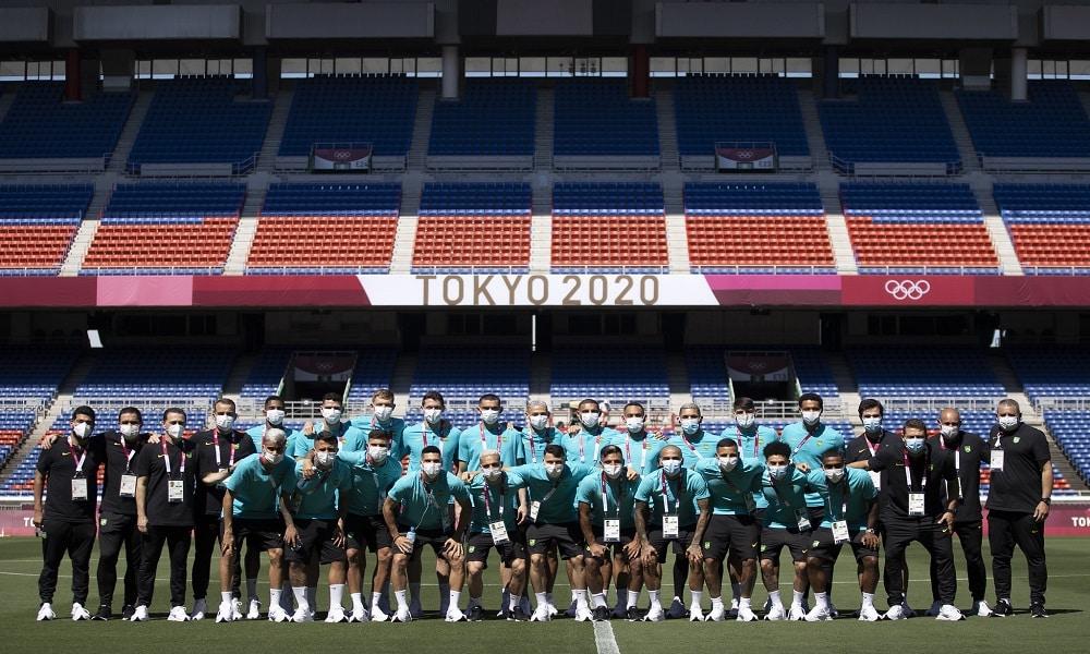 Seleção brasileira de futebol masculino treina em Yokohama