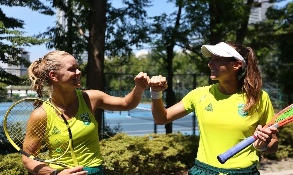 Luisa Stefani e Laura Pigossi  duplas tênis Tóquio