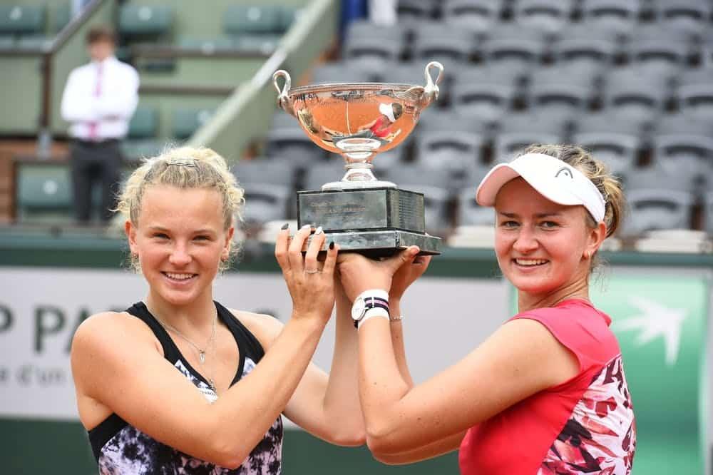 Barbora Krejcikova e Katerina Siniakova duplas femininas