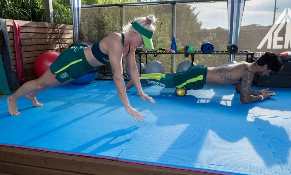 Gabriel Medina e Tatiana Weston-Webb surfe nas Olimpíadas