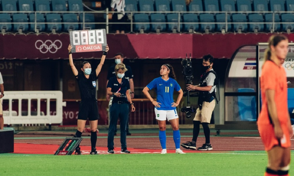 Em dois jogos da Seleção, Pia Sundhage promove estreia de cinco novatas em Olimpíadas