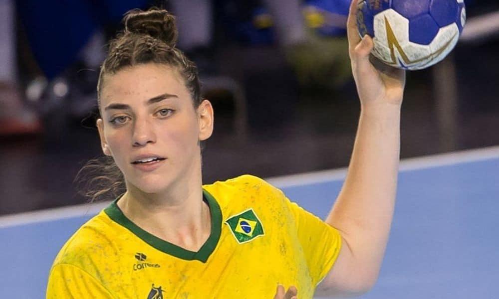 Gabi Bitolo - armadora direita - seleção brasileira de handebol feminino - Jogos Olímpicos de Tóquio 2020