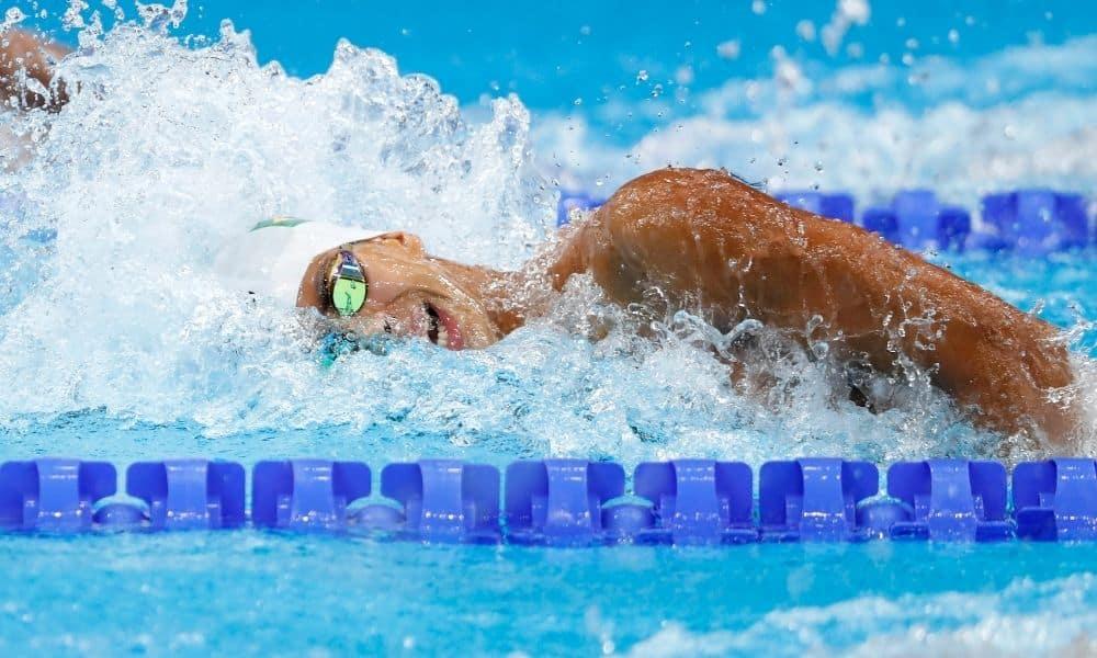 Felipe Lima faz melhor tempo da vida e vai às semis nos 100m peito - GUilherme Costa
