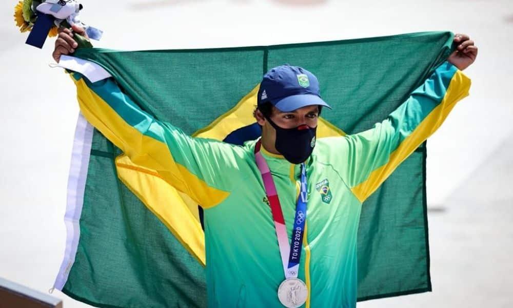Kelvin Hoefler medalha de prata skate jogos olímpicos de tóquio