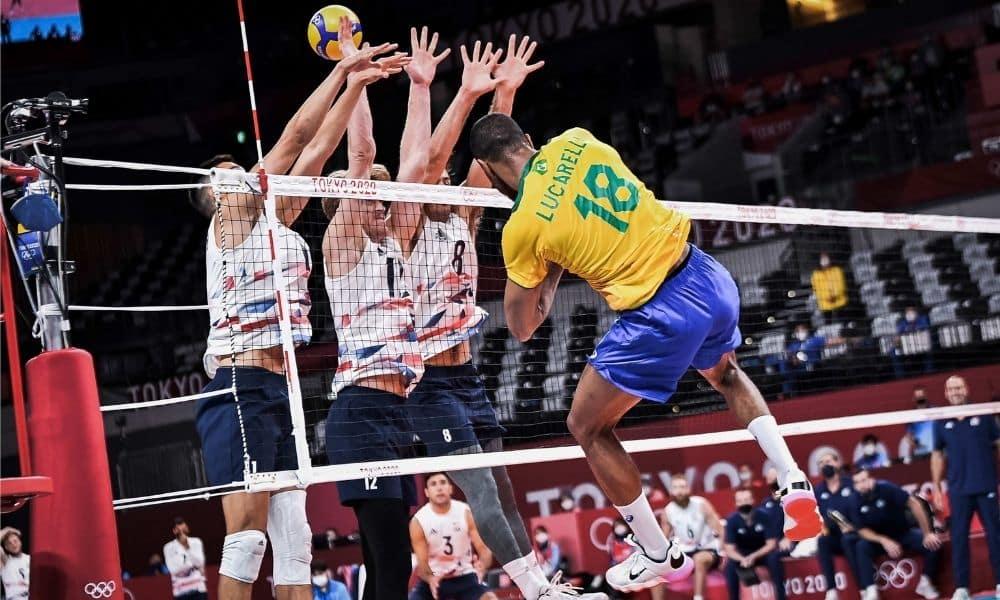 Lucarelli Brasil x Estados Unidos vôlei masculino Jogos Olímpicos. Tóquio 2020