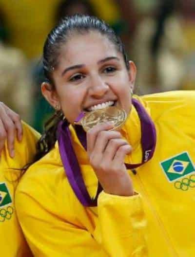 Natália Pereira - seleção brasileira de vôlei - Olimpíada de Tóquio 2020