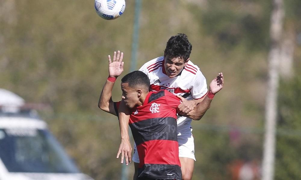 São Paulo e Flamengo empatam em 3 a 3, pela primeira partida semifinal do Brasileirão Sub-17