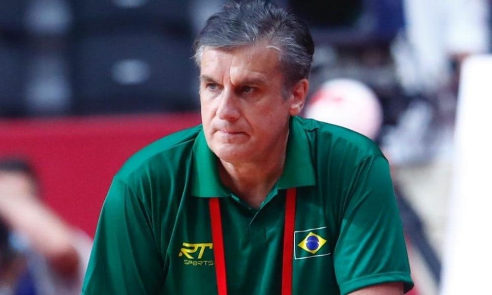 Jorge Dueñas não é mais técnico da seleção feminina de handebol