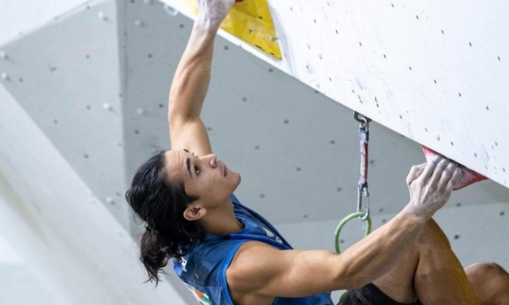 Samuel Silva e Mateus Bellotto param na semifinal do Mundial Juvenil de escalada