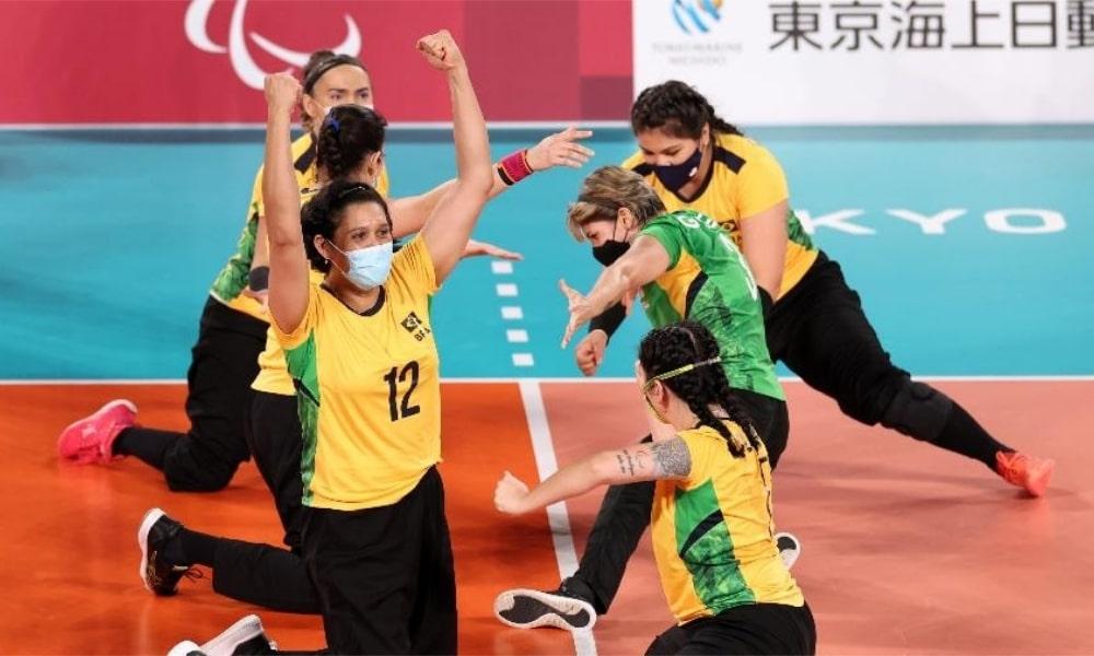 Seleção Feminina de vôlei sentado do Brasil estreia nos Jogos Paralímpicos de Tóquio Brasil x Canadá jogos paralímpicos tóquio-2020