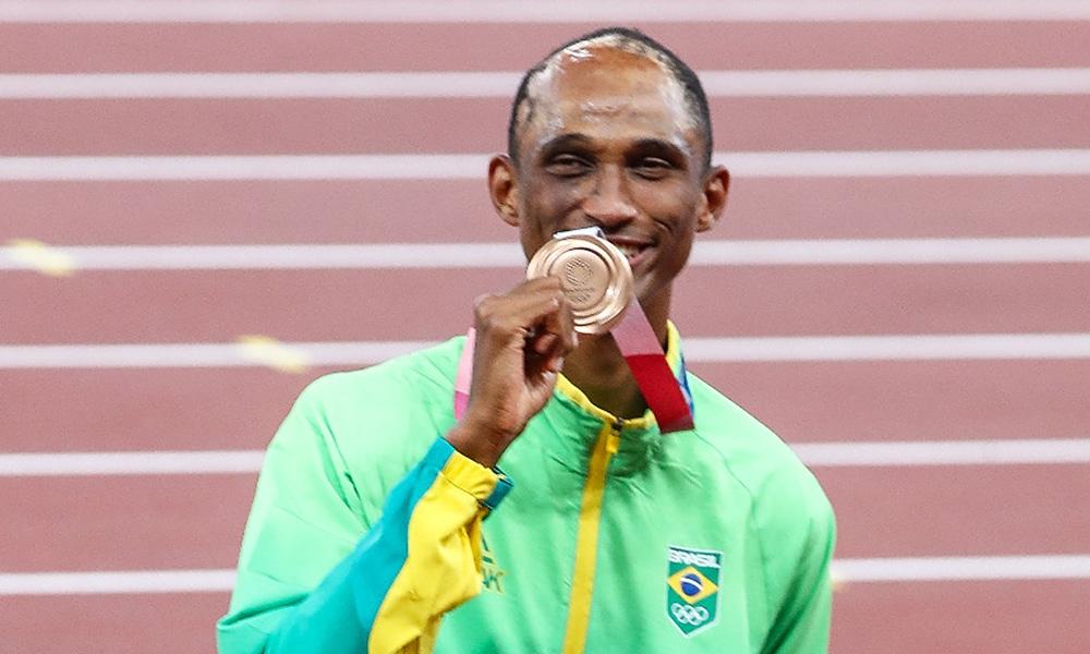 Alison dos Santos medalha de bronze