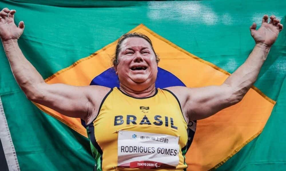 elizabeth gomes medalha de ouro lançamento de disco jogos paralímpicos tóquio 2020