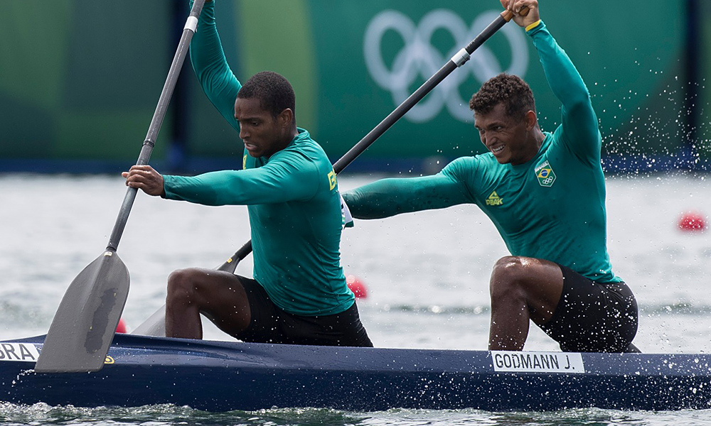 Isaquias Queiroz Jacky Godmann canoagem velocidade c21000 m tóquio olimpíada jogos olímpicos ao vivo