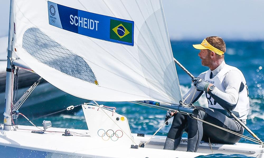 Robert Scheidt vela Jogos Olímpicos laser Tóquio-2020 medal race medalha