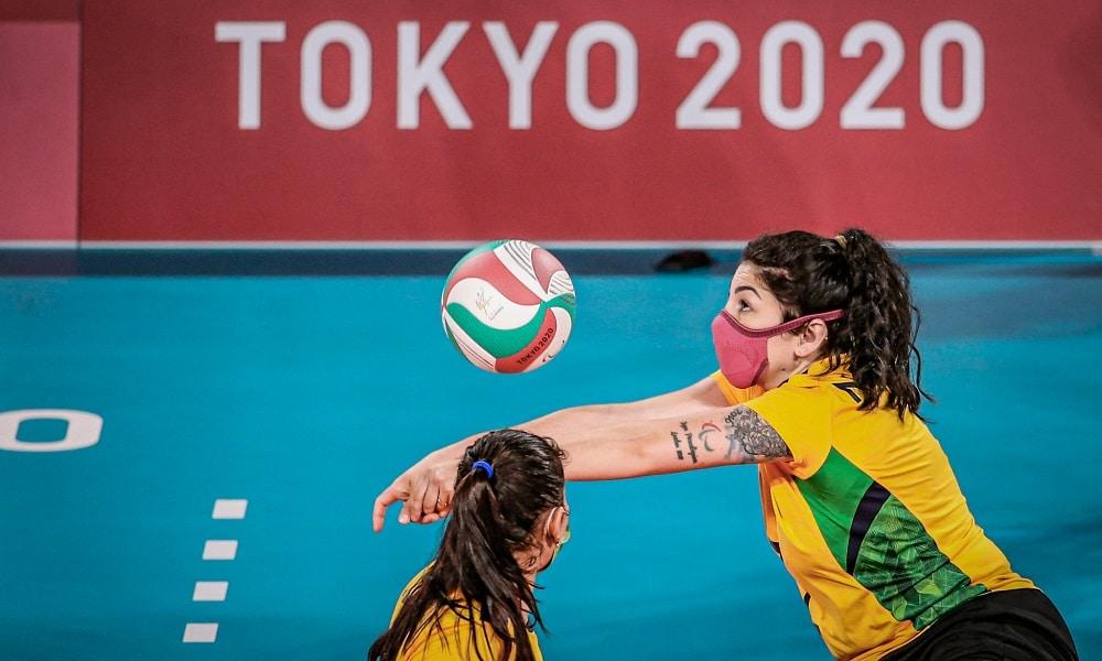 Seleção feminina de vôlei sentado do Brasil perde para os EUA e vai disputar o bronze nos Jogos Paralímpicos de Tóquio