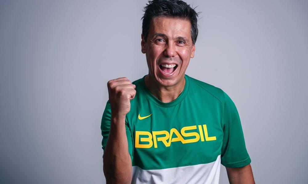 Helinho se junta a Tiago Splitter na nova comissão técnica de Gustavo De Conti