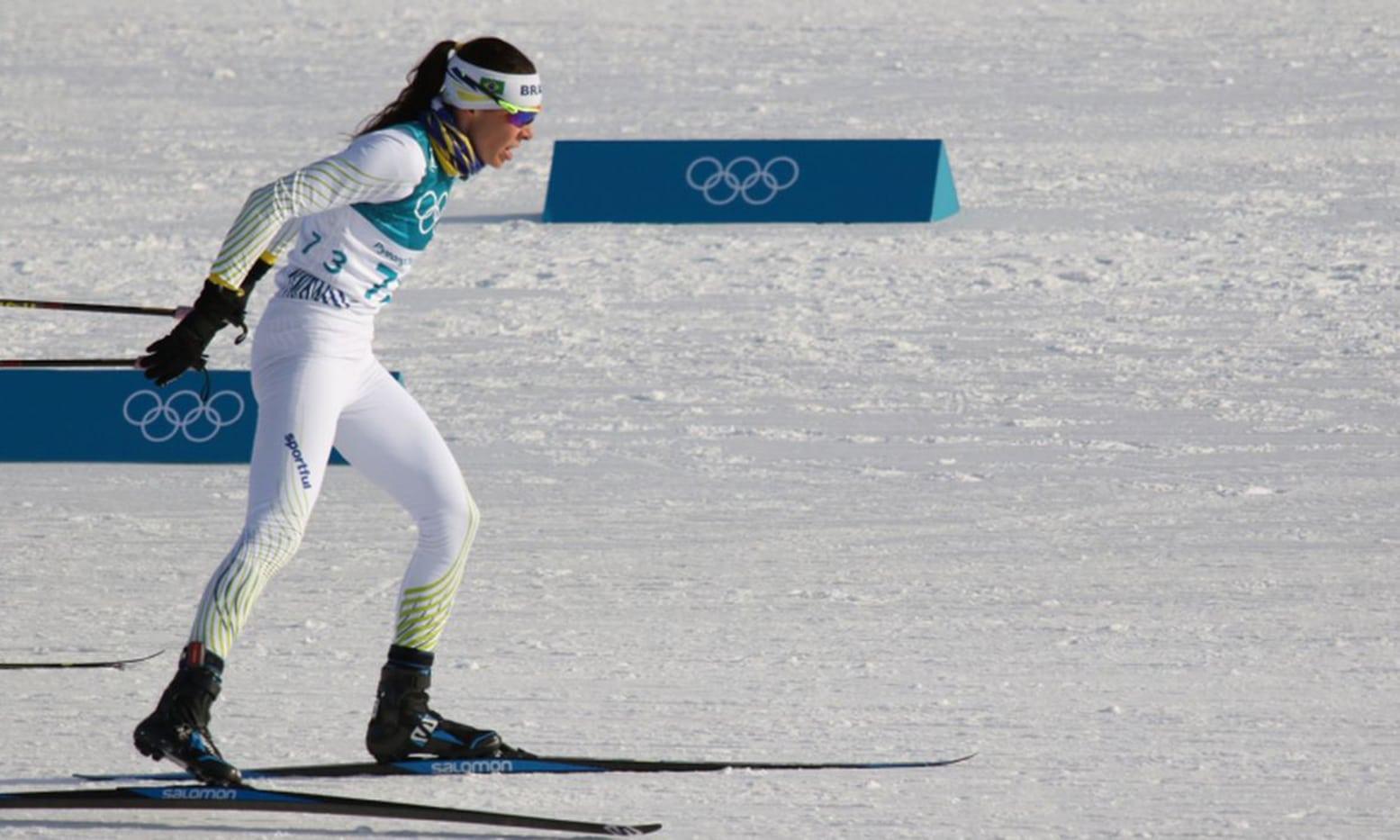 Jaqueline Mourão é uma das cotadas para representar o Brasil nos Jogos de Inverno de 2022