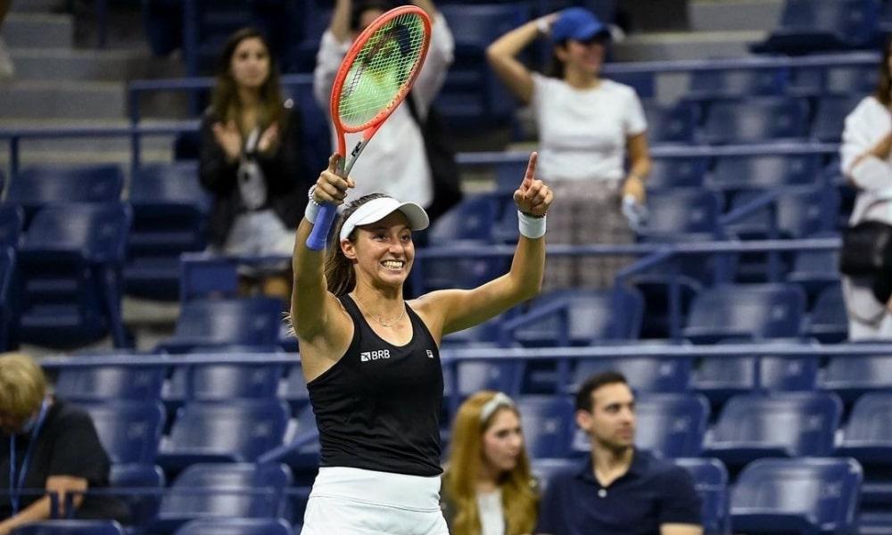 Luisa Stefani vai à semifinal do US Open