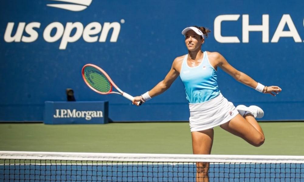 Luisa Stefani sofre lesão é abandona semifinal de US Open