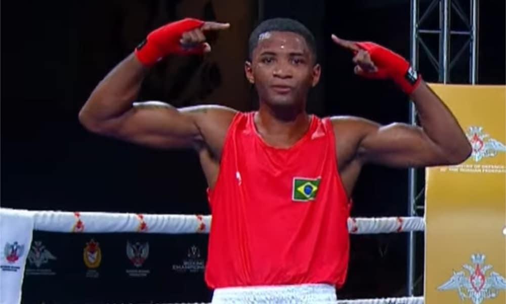 Wanderson Oliveira, Leanderson Conceição e Jucielen Romeu vão à semi no Mundial Militar de Boxe