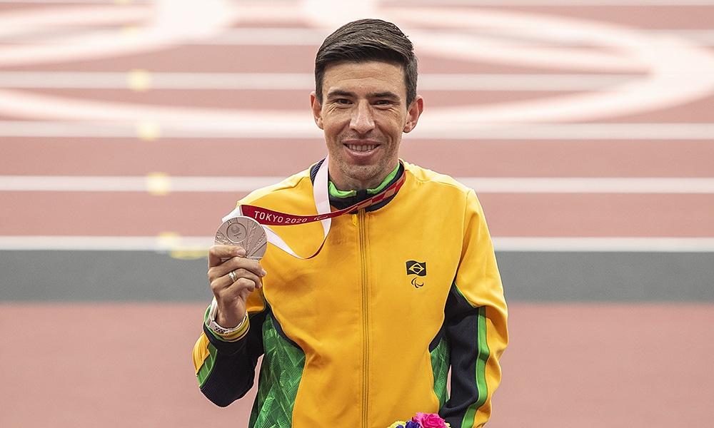 Alex Pires maratona jogos paralímpicos prata