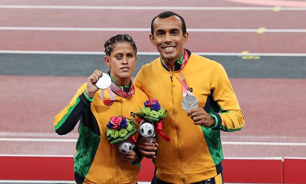Thalita Simplício bronze 200m T11 atletismo Jogos Paralímpicos Paralimpíadas Universitárias Alessandro Rodrigo, Ana Karolina Soares
