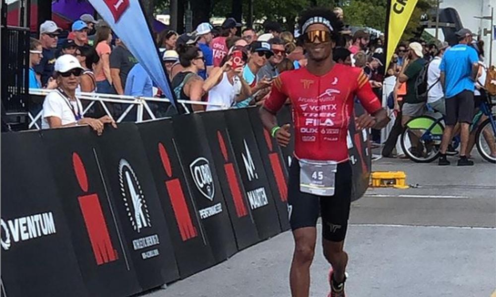 Thiago Vinhal IronMan triatlo