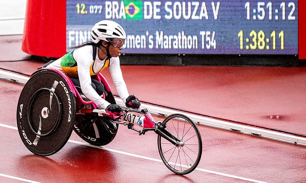 Vanessa Cristina maratona jogos paralímpicos tóquio prata