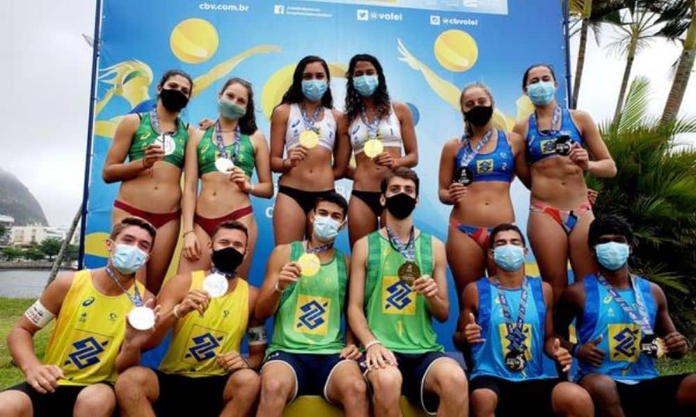 (2) CIRCUITO BRASILEIRO SUB-19 LucasJoão Pedro (RJ) e LarissaAndryele (CE) vencem segunda etapa