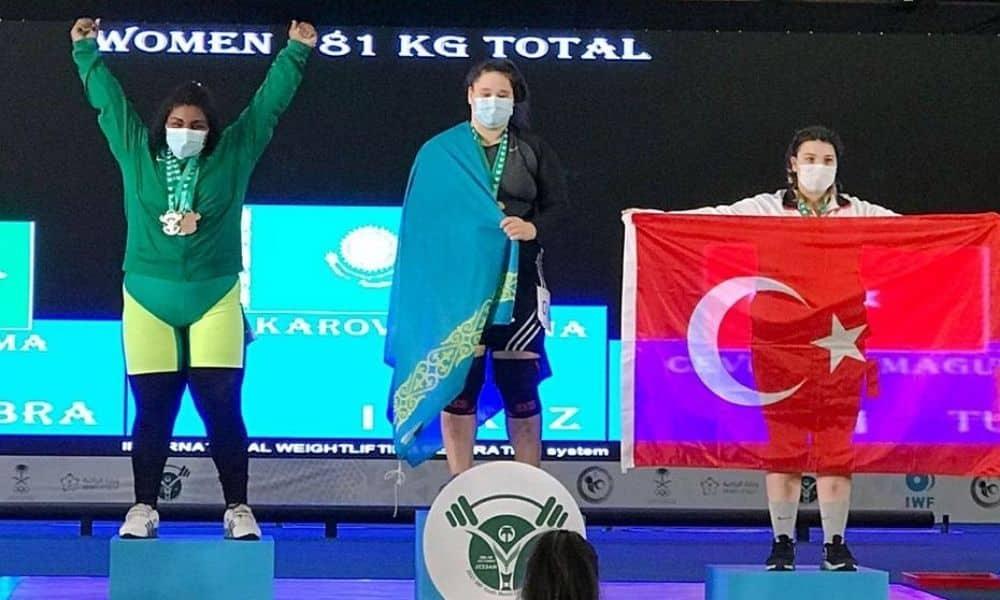 taiane justino mundial sub-17 levantamento de peso