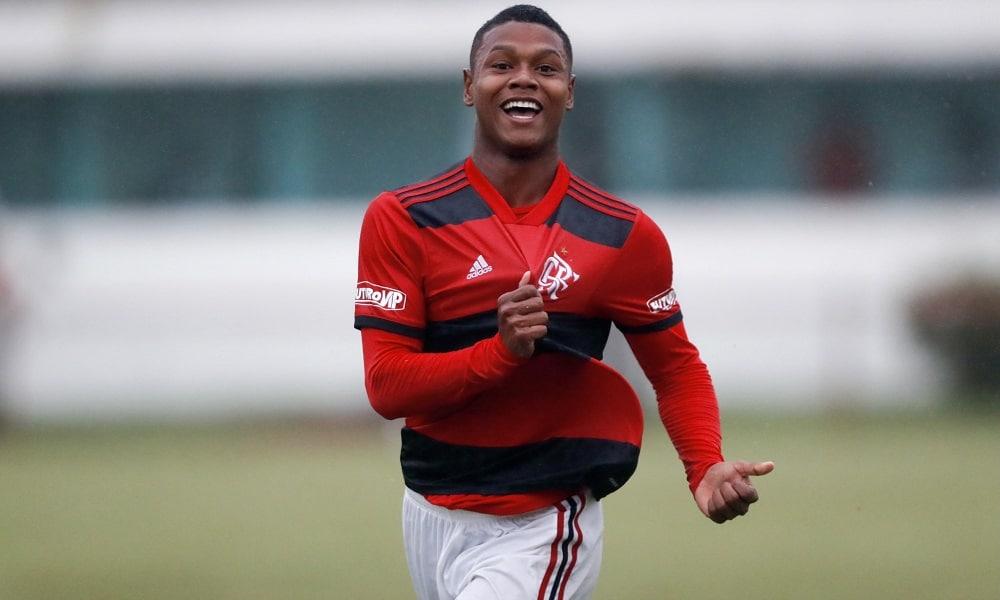 Flamengo líder Brasileiro sub-20