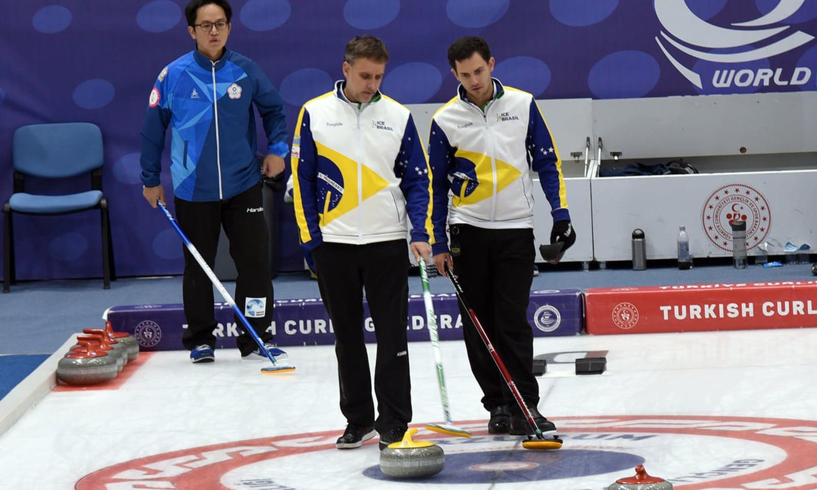 Curling do Brasil assimila lições para crescer no esporte