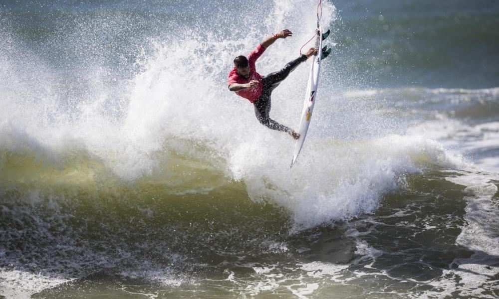 Ítalo Ferreira é eliminado e Brasil classifica mais sete no Challenger Series de surfe em Portugual