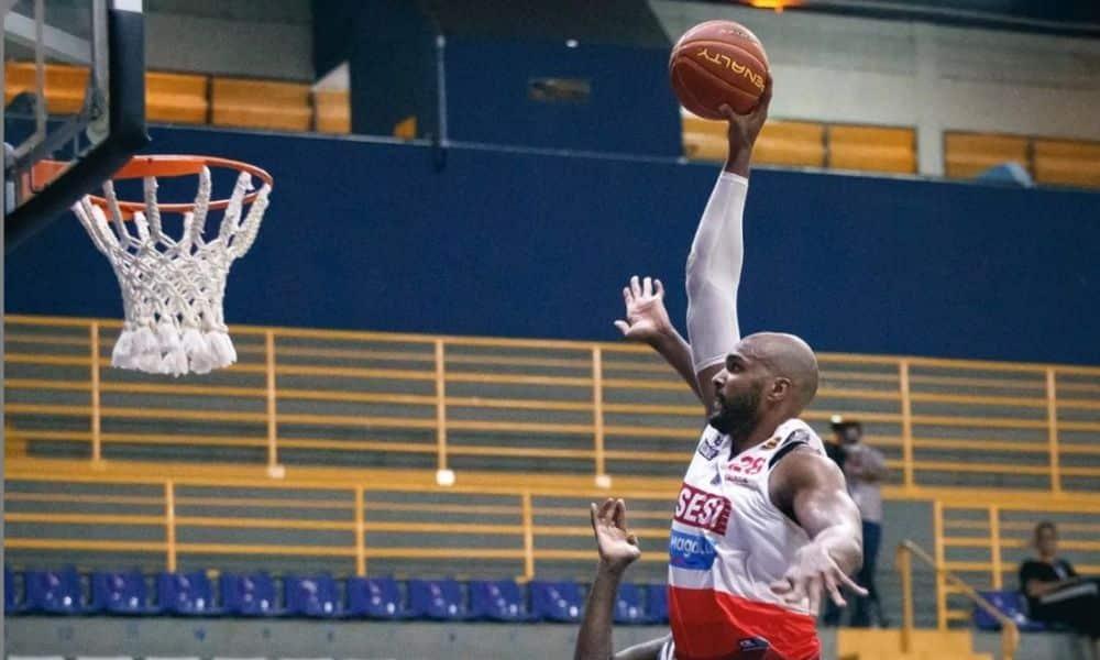 Lucas Mariano Franca x Bauru Campeonato Paulista de basquete masculino