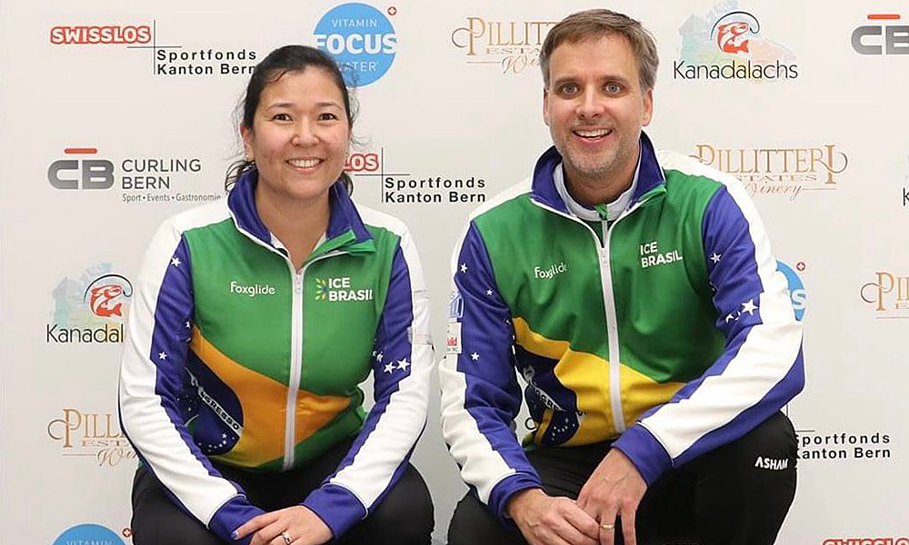 Anne Shibuya e Scott McMullan lassificatório para o Pré-Olímpico curling