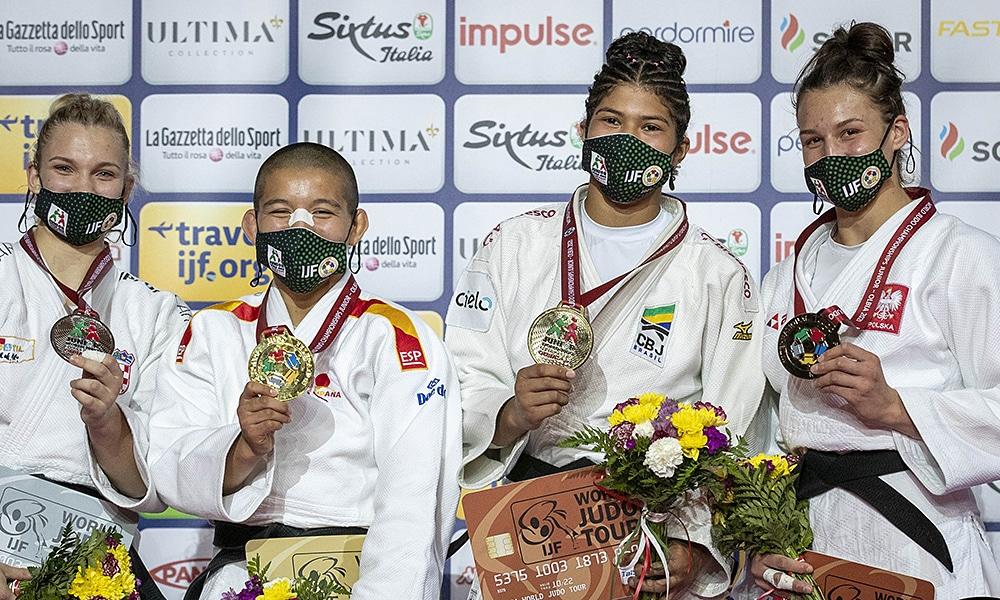 Luana Carvalho Mundial Júnior judô medalha