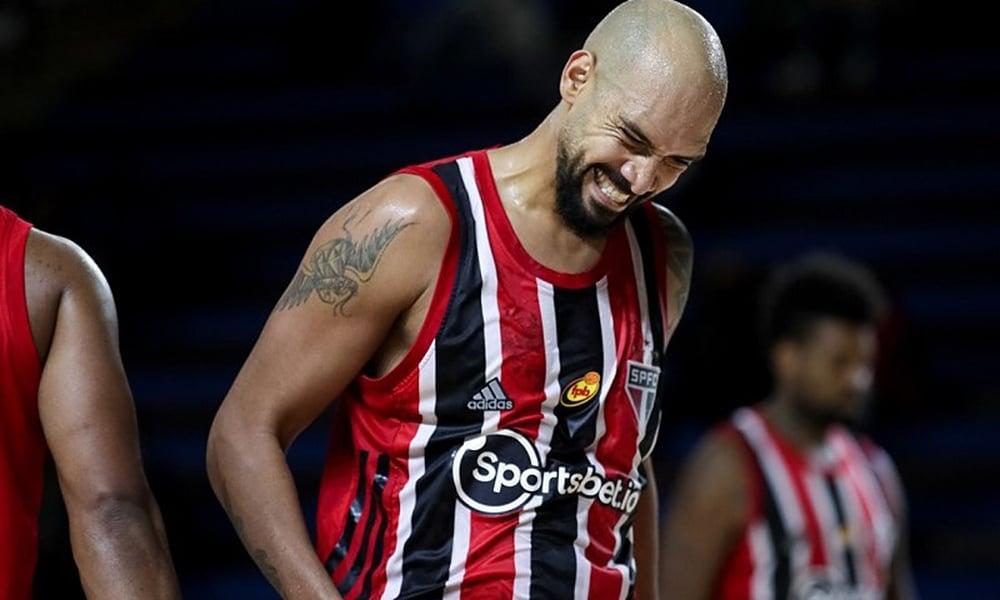 Marquinhos São Paulo Pinheiros semifinal Campeonato Paulista de basquete masculino