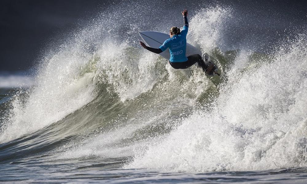 Summer Macedo surfe feminino Challenger Series de Portugal